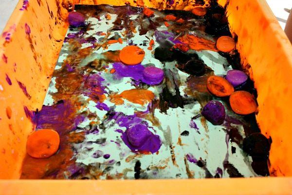 halloween sensory play with paint