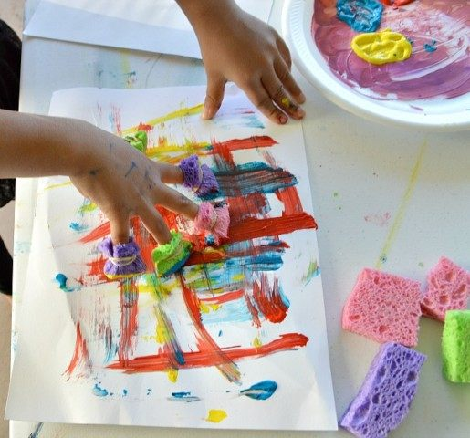 art projects for kids using sponge fingers