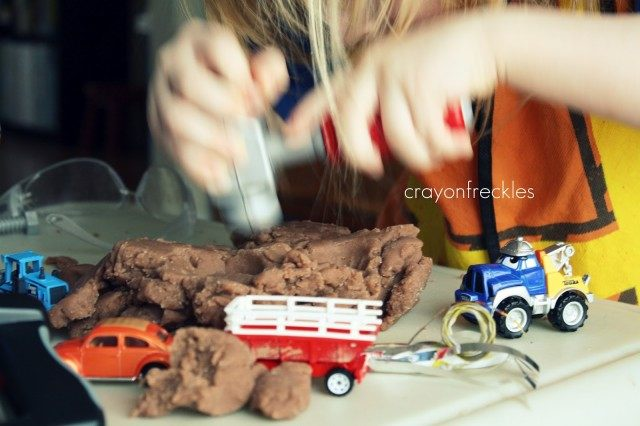 construction pretend play