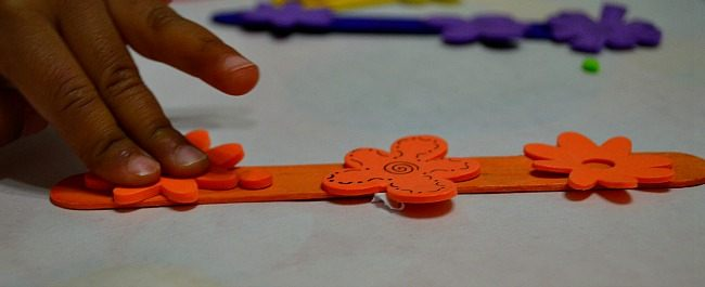 fine motor with stickers in spring craft