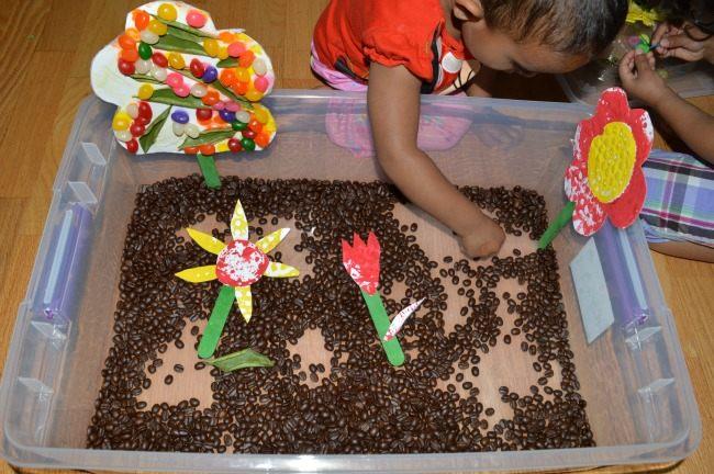 creating sensory bin based on a book