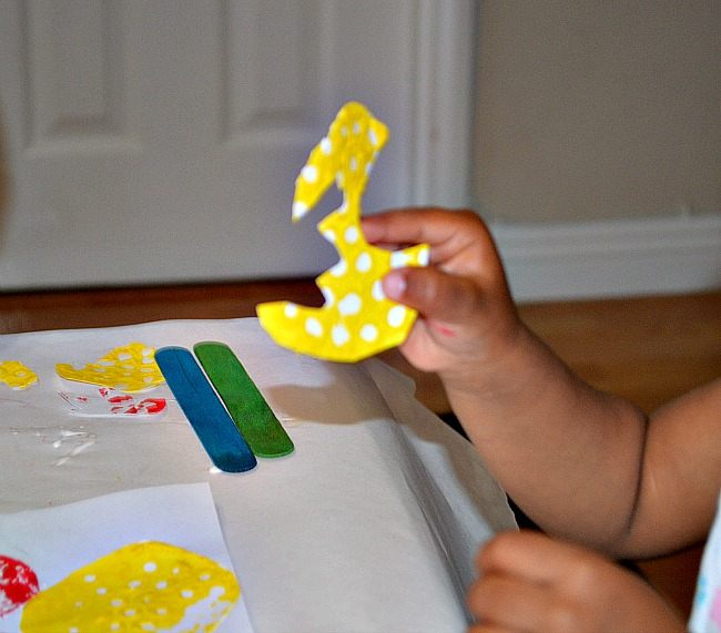 creative kids activities with paper cutting