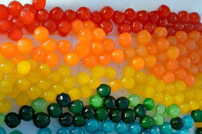 Multi-color tapioca pearl