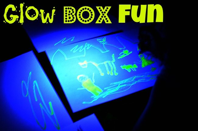 glow in the dary play idea