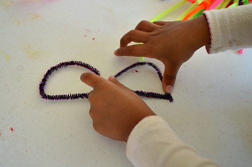 making letters with pipe cleaners
