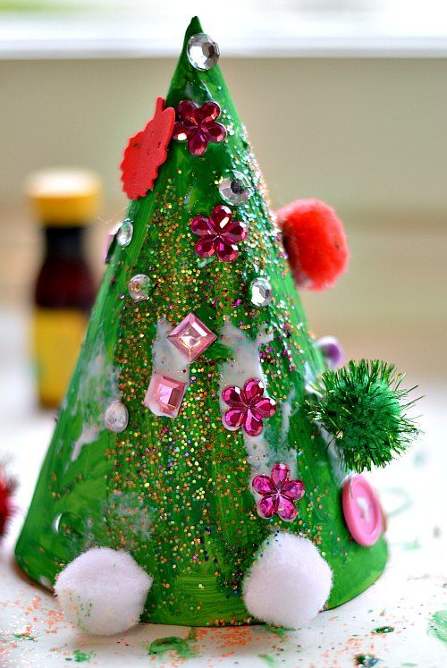 Christmas Crafts for Kids : Christmas Tree Hat Craft | Fun ...
