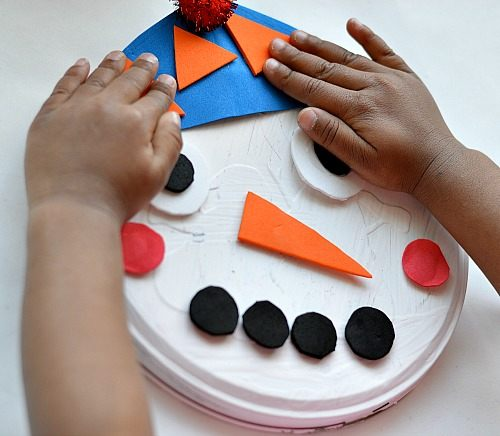 playing with snowman craft (2)