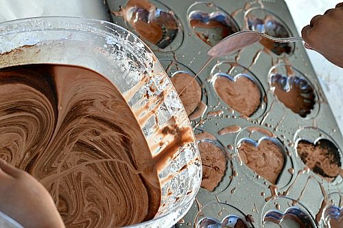 pouring choc goop