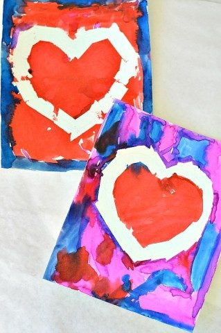 reist tape art hearts