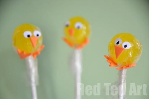 Easy Easter Treat: Lollipop Chicks