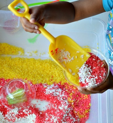Sensory Rice play with tropical scents