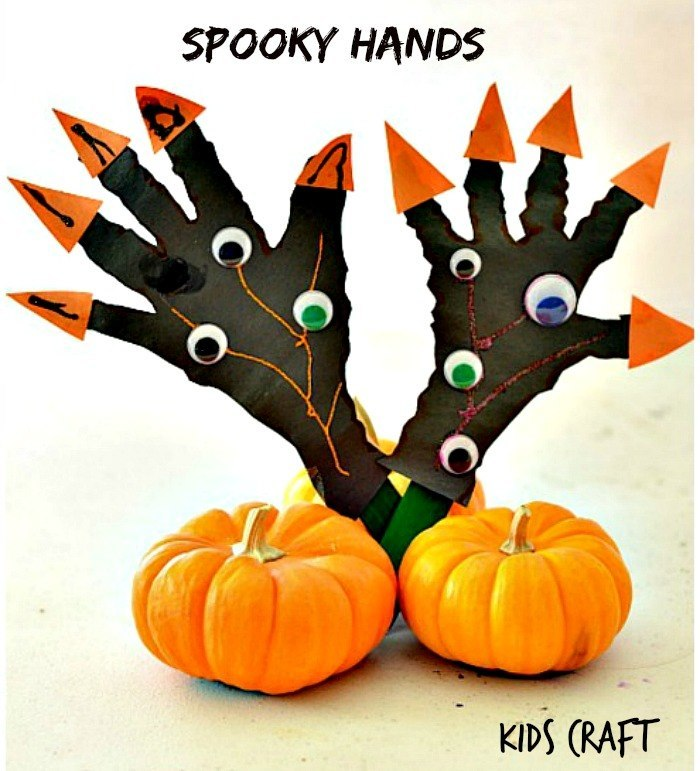 Spooky Hands Halloween Craft for kids