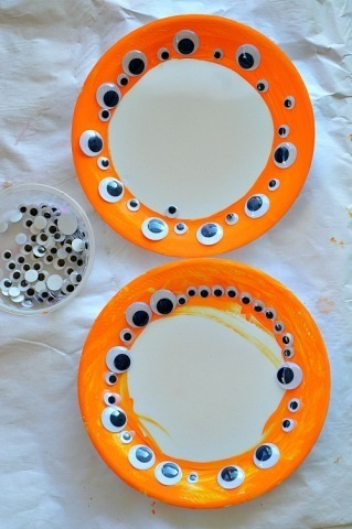 finished halloween craft for toddlers
