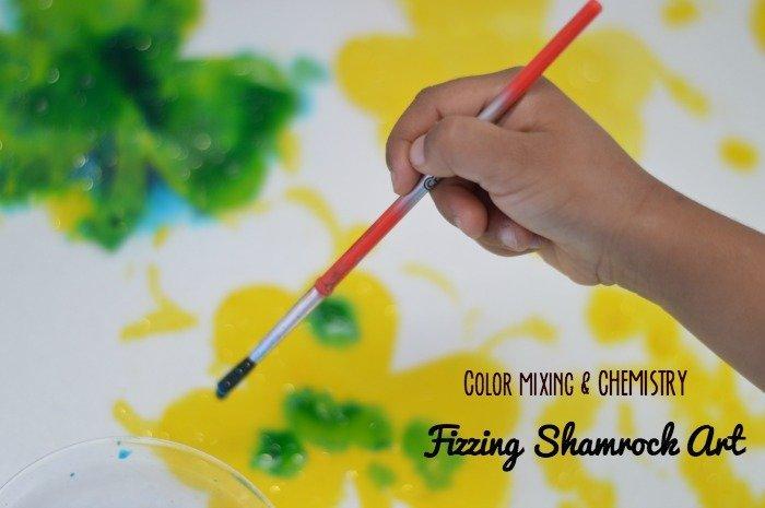 St Patrick's day craft|Fizzing Science}Shamrock art