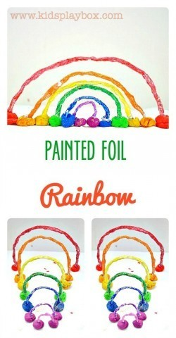 How to make a 3d rainbow with painted foil - fun kids craft for St.Patrick's day