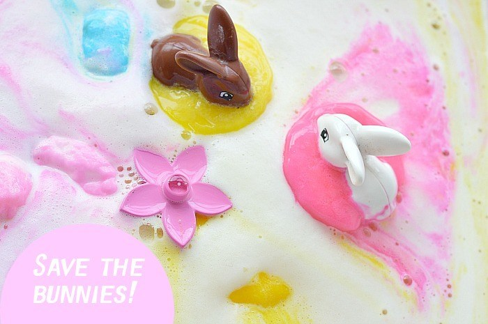 easter sensory science activity for kids with lots of fizzing and foaming