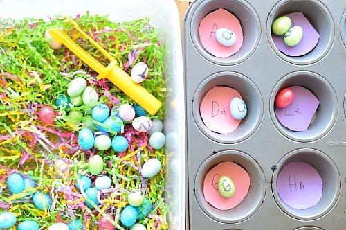 egg hunting fine motor play