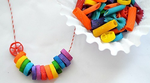 make rainbow necklaces