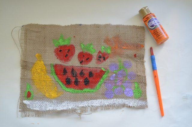 how to paint on burlap cloth