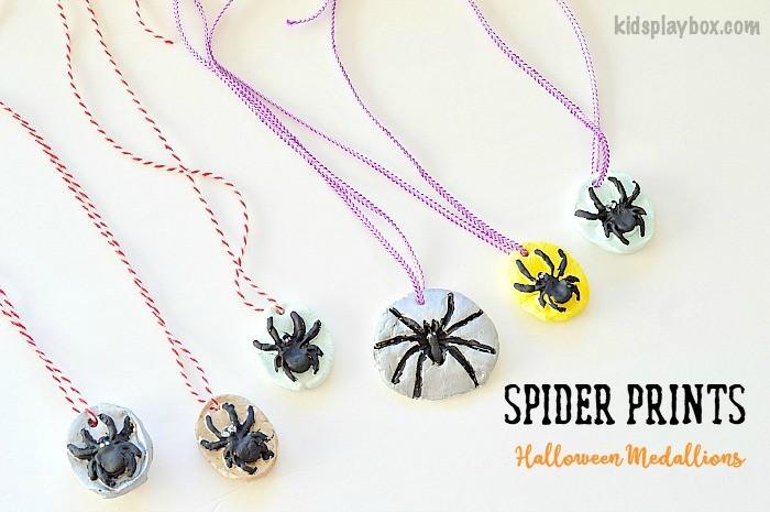 halloween-crafts-spider-medallions