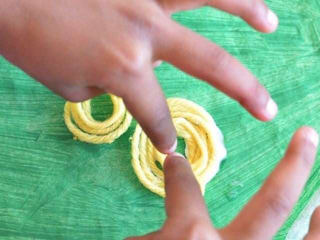 apple crafts gluging yarn apples
