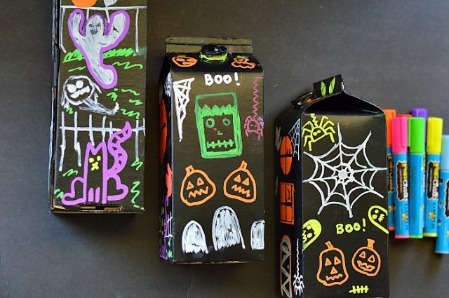 fun-chalk-halloween-craft