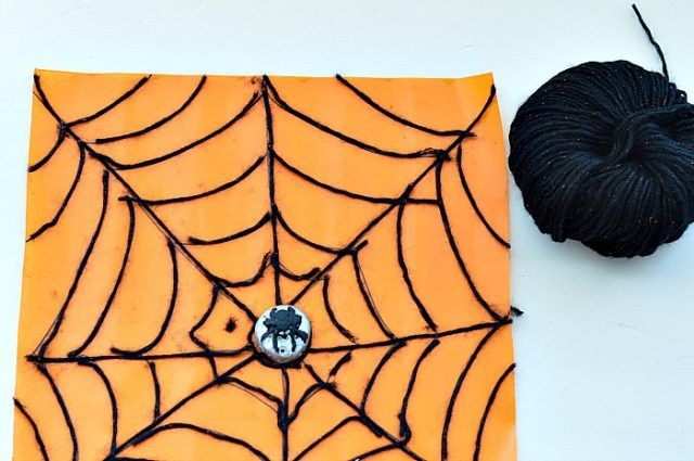halloween-spider-fine-motor-skills