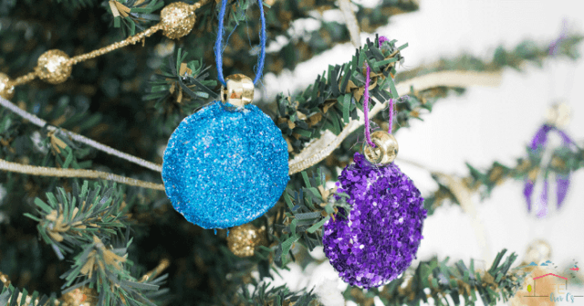 Recycled Christmas Ornaments - glitter bottlecaps