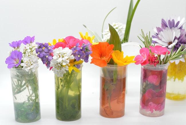 mini vases for flowers